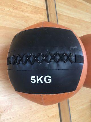 CROSSFIT 5 kg BALÓN USADO