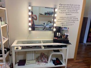 Tocador maquillaje +espejo con luces