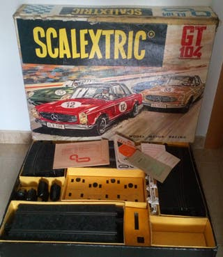 SCALEXTRIC. GT 104