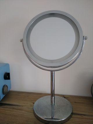 espejo de aumento con luz para tocador maquillaje