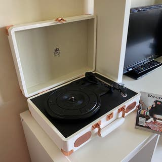Retro Vinyl Record Player