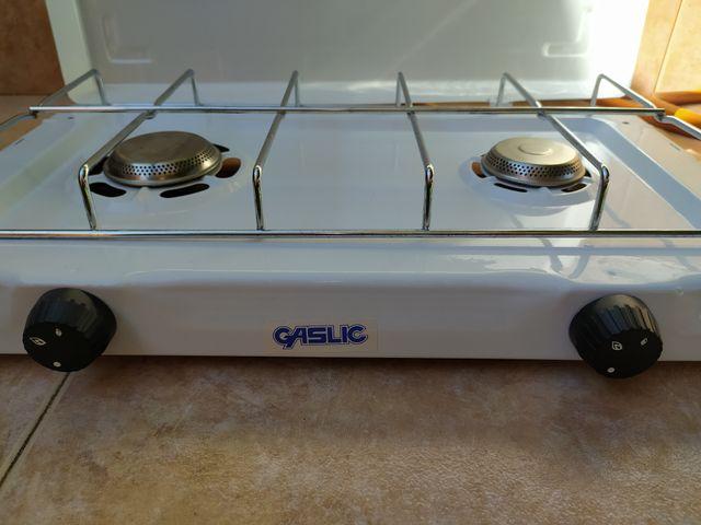 cocina gas y plancha eléctrica sin estrenar