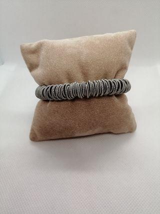 pulsera elastica acero plata y perla cultivada