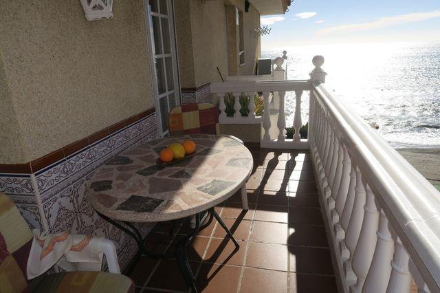 Apartamento 1 linea de playa Morche ref: 150 (El Morche, Málaga)