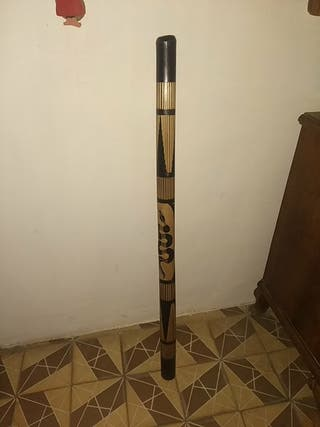 Didgeridoo artesanal