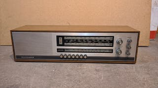 Radio antigua TELEFUNKEN (1969)