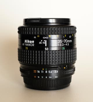 Objetivo Réflex Nikon Nikkor AF 35-70 3.3-4.5