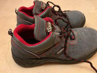 Zapatos seguridad unisex talla 39 sin usar