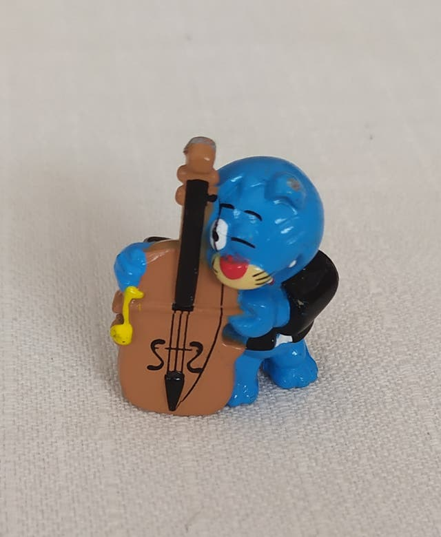Figuras Huevo Kinder - Músicos