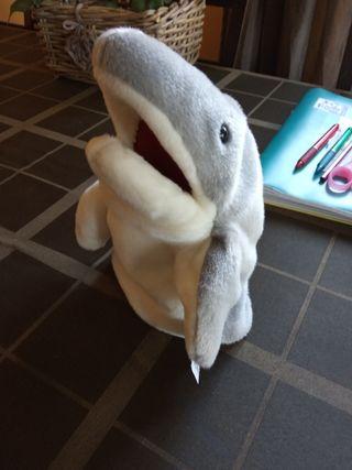 marioneta tiburón