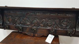 Perchero Antiguo con talladuras