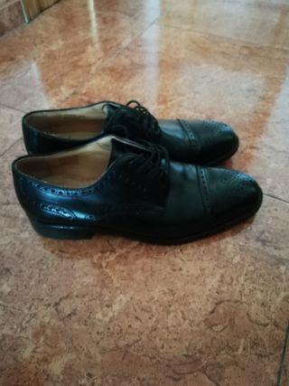 Zapato caballero(precio aún puesto €110)