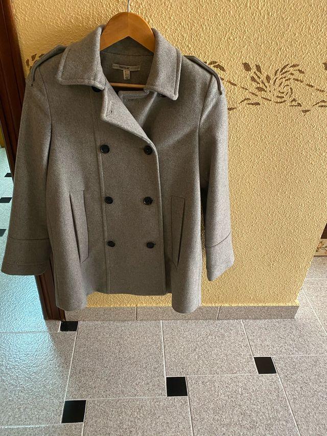 Abrigo gris de paño Zara
