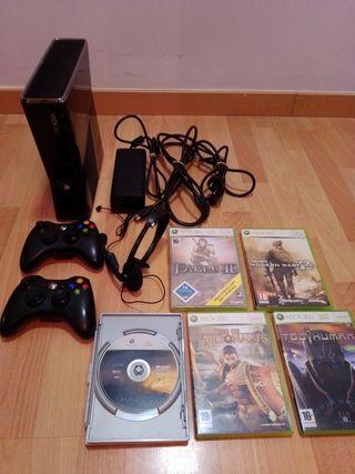 Pack Consola Xbox360 + 2 mandos + 5juegos
