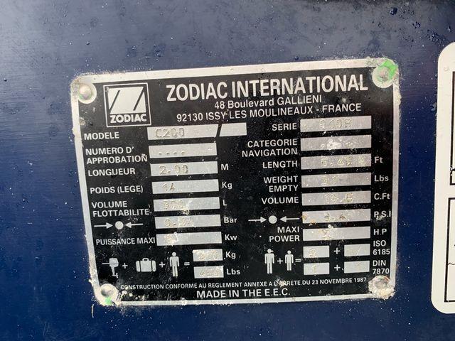 Zodiac C200