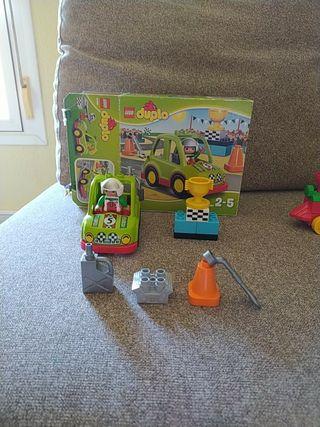 Lego Duplo coche de carreras.