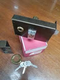 Cerradura CVL sobreponer maneta y llave 1125B/1 14