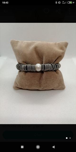 pulsera elástica acero, plata y perla
