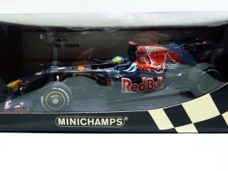 %REBAJADO% Minichamps Toro Rosso STR4 Bourdais.