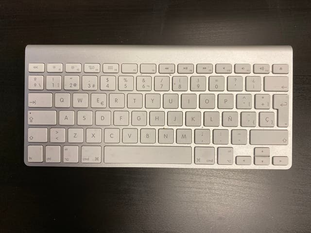"Apple iMac 21,5"" 2010"