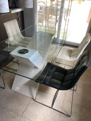 Mesa cristal + 4 sillas