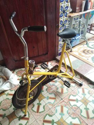 bicicleta estática Kettler alemana