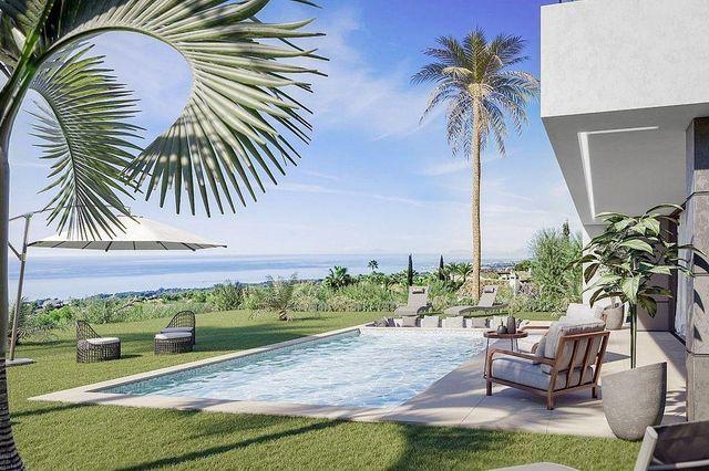Villa en venta en Manilva en Manilva (Castillo de la Duquesa, Málaga)