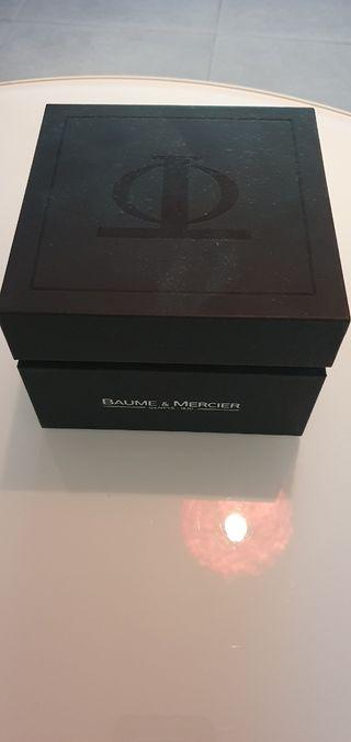 Baume & Mercier estilo 65593 en su caja
