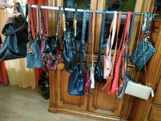 varios bolsos