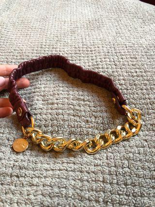 Collar NUEVO eslbones dorados Bimba y Lola