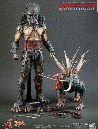 hot toys tracker predator