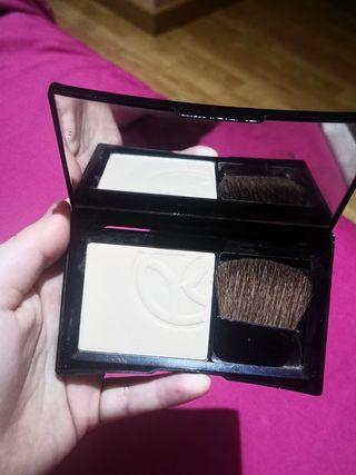 Maquillaje Yves Rocher
