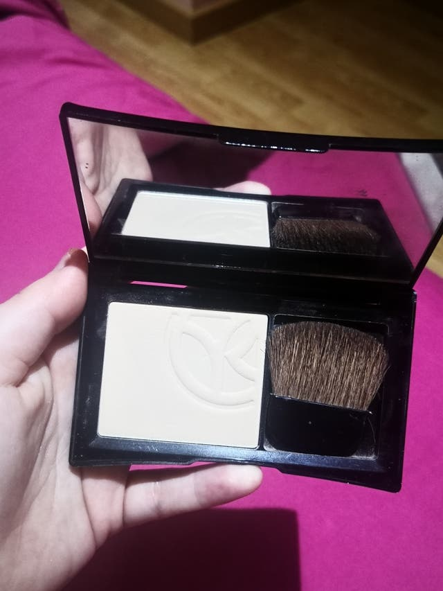 Maquillaje Yves Rocher
