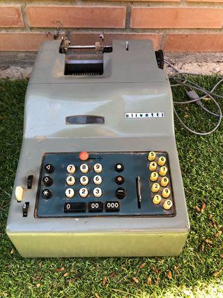 Antigua calculadora Olivetti