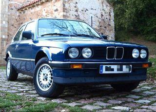 BMW e30 clásico 1987