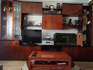 Mueble de sala con mesita