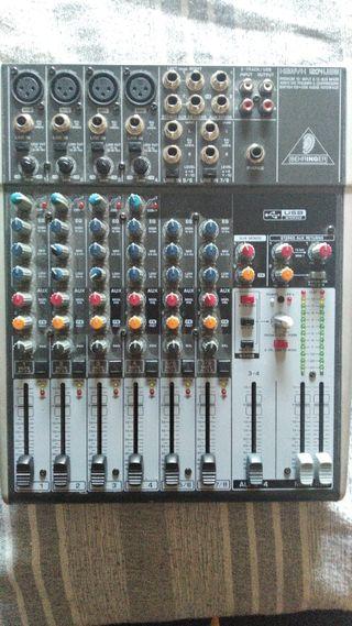Mezclador analógico con DSP FX/ 12 canales