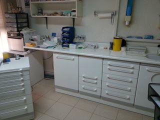 mueble encimera clínica dental