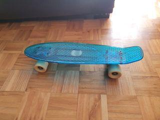 NKX Pearl Deluxe Skateboard