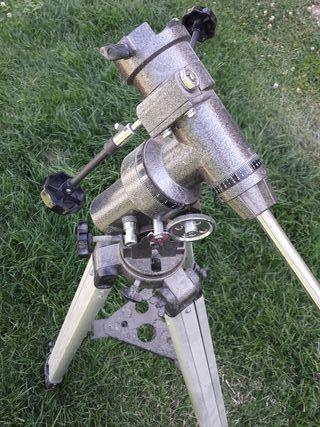 Trípode para telescopio profesional