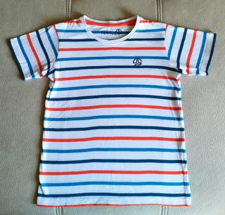 Camiseta marca Ternua. Talla 7-8 años.