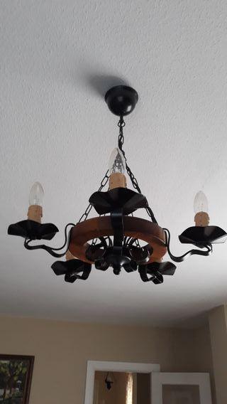 Lámpara vela de hierro y madera