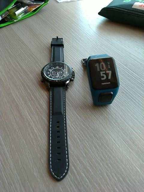 Reloj Tomtom GPS Watch Sports + Regalo