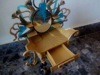 Tocador Cleo Monster High