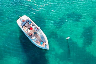 ALQUILA BARCO / RENT A BOAT
