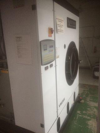 Maquina lavado en seco