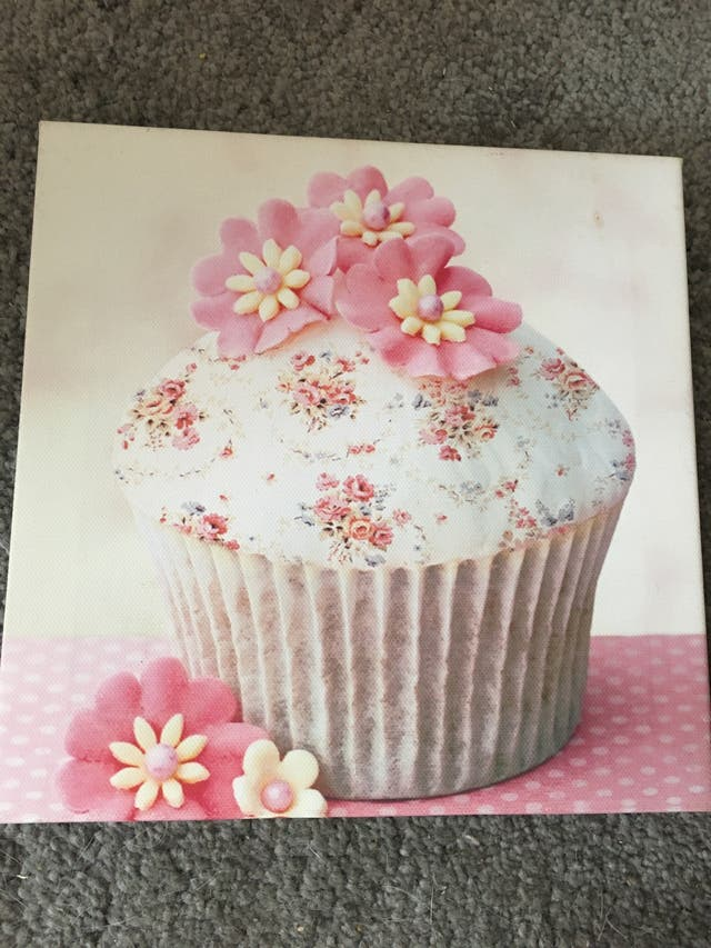 Set of three canvas cakes