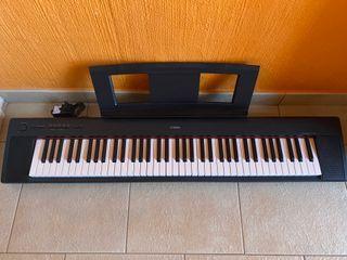 Piano Digital Yamaha NP-32