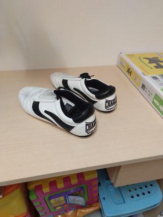 Zapatillas Taekwondo Style en Piel CHARLIE Tatami