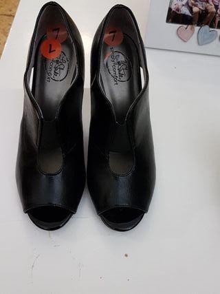 zapatos tacon nuevos